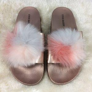 Steve Madden Womens Sz 9 Fuzzy Spiral Slide Sandal